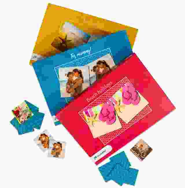 Photo Pairs box colours